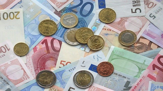 eurobiljetten en munten